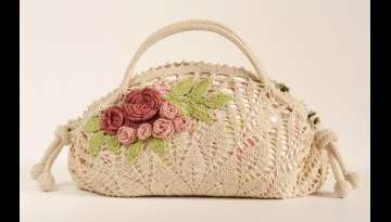 Crochet pattern of a precious bag